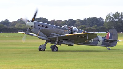 1943 Supermarine Spitfire MK 1XB on airfield - The Goodwood Revival 2017