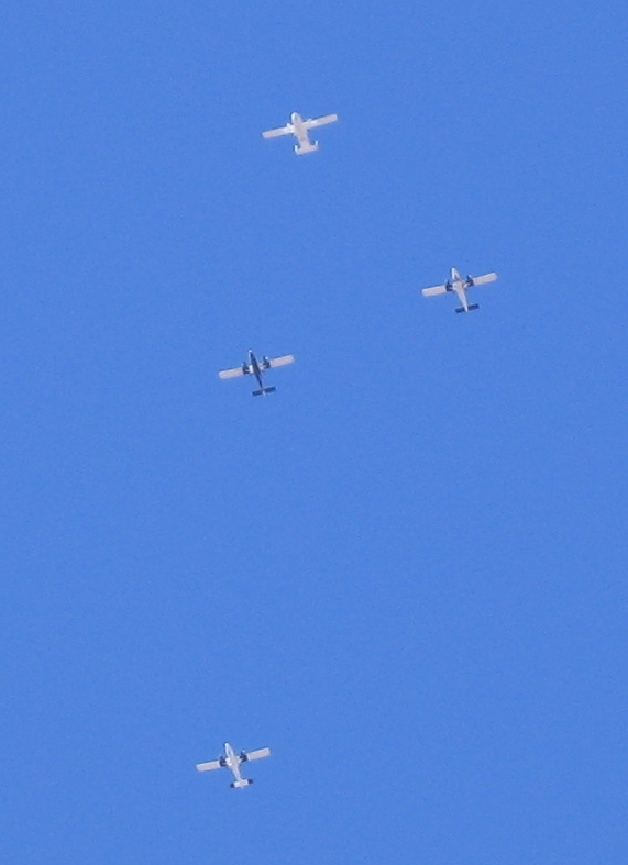 Skydiving Planes, 25 Sep 2005