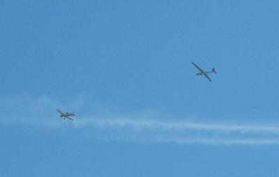 Sailplane and towplane, Hemet, 30 Sep 2006