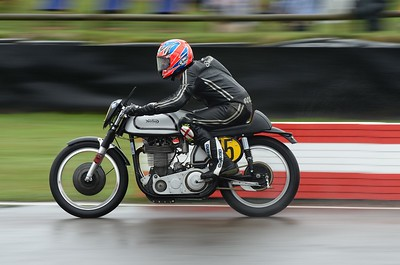 1953 Norton Manx Seb Perez Scott Smart - Barry Sheene Memorial Trophy at the 2016 Goodwood Revival