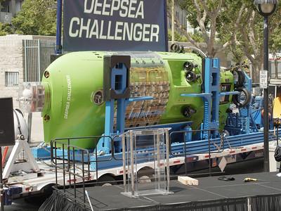 CalSciCen DeepSea Challenger Handover