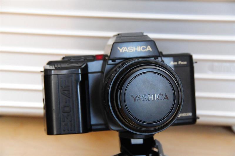 YASHICA 230AF & AF 35-70mm MACRO