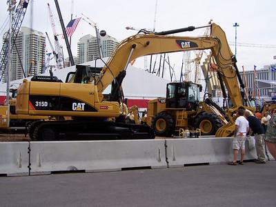 CAT Excavator, ConExpo, Las Vegas, 3.08