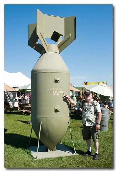 10,000 lb. blockbuster bomb