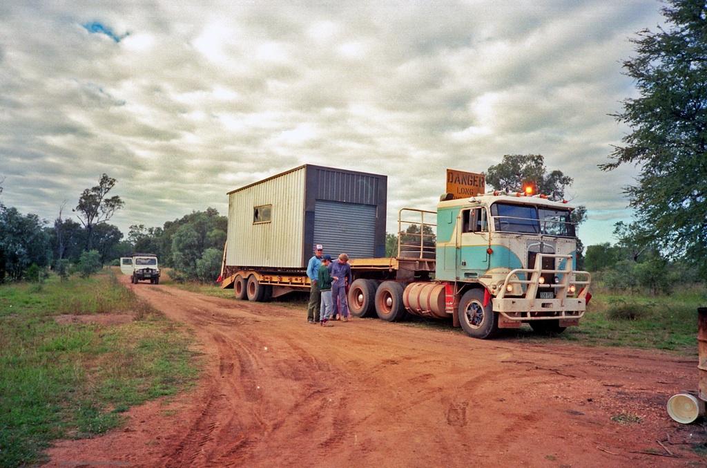 Bussts Transport (Trucking & Proline Crane hire) Emerald deliver our 'shed'