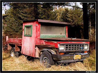 """"""".....BUT IT KEEPS THE DRIVER DRY"""", Coffman Cove, Alaska, USA.-----"""".....ALE RIDIC JE V SUCHU"""", Coffman Cove, Aljaska, USA."""