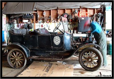 """GHOST OF THE PAST"", 1924 Ford ""T"" currently under restoration at Wrangell, Alaska, USA.-----""DUCH MINULOSTI"", Ford ""T"" z roku 1924 je v soucasnosti restaurovan ve Wrangellu, Aljaska, USA."