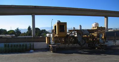 Concrete paver, I-215/60/91 interchange, 29 Aug 2006