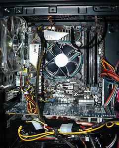 Inter I5 2500K stock Intel coolerand GPU ATI HD5830