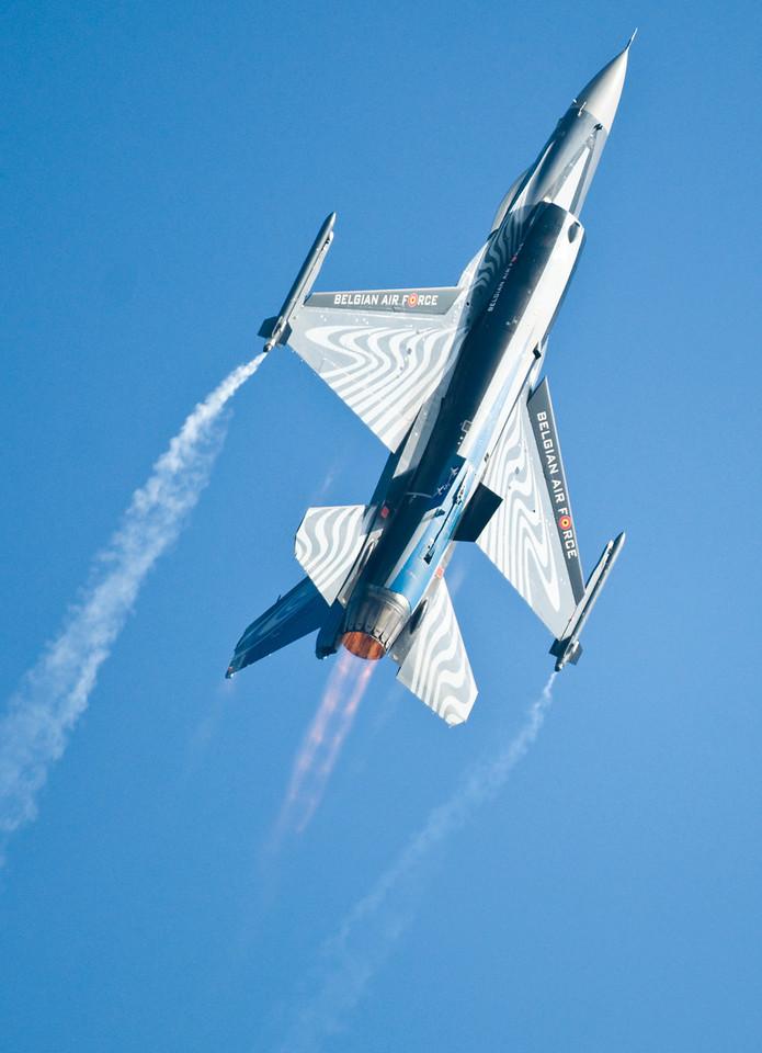 F16 at Duxford 2011.