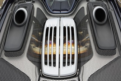 Porsche 918 engine cover
