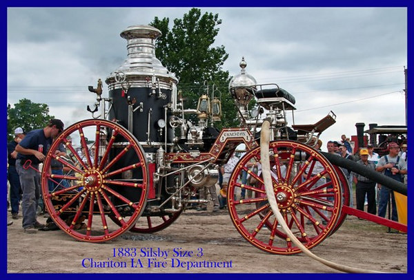 Steam Traction -  Old Threshers 2006