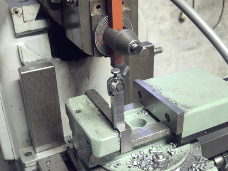 Small grinding jig with clamp.