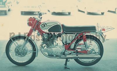 '67  Honda 305cc Superhawk