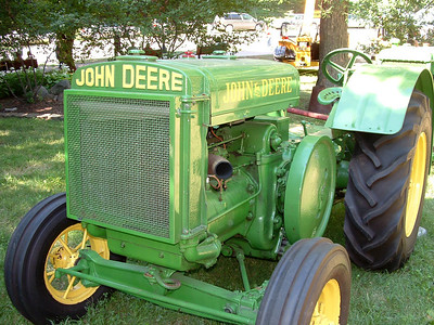 Nicely restored John Deere tractor at the Iowa State Fair.