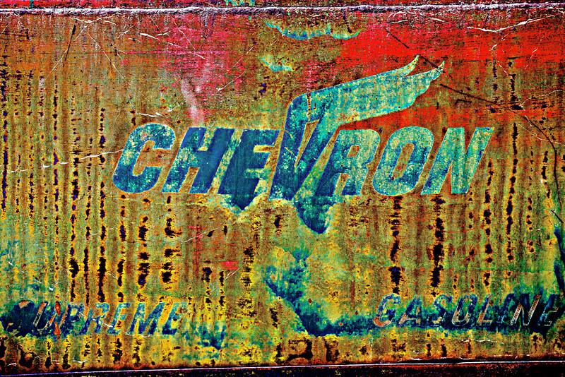 Chevron, Dirt & grime.
