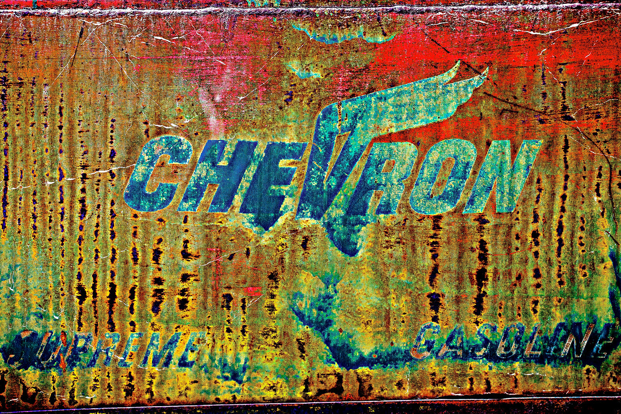 Chevron, Dirt & grime.