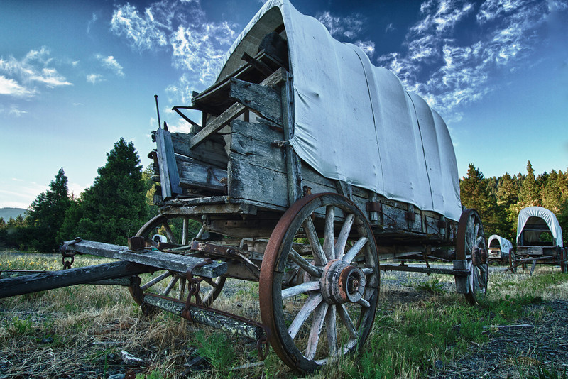 Wagon on the Oregon Trail