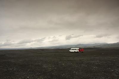 Le bus de tata Zabel pendant ses vacances en Islande