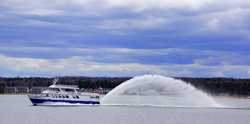 Ferry going to Mackinaw Island