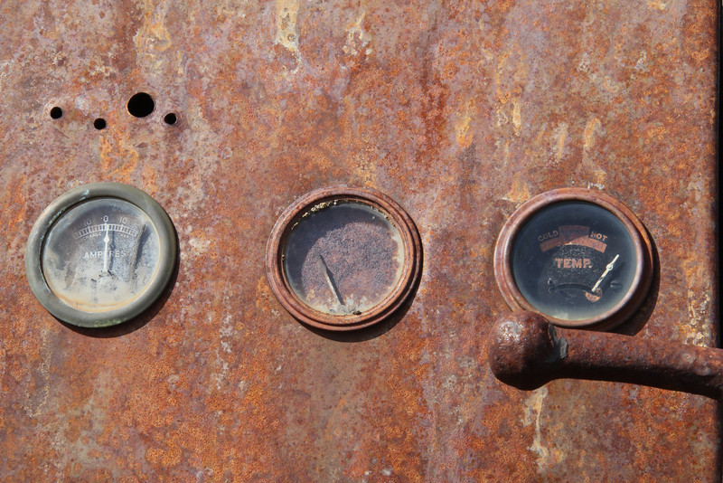 Rusted gauges