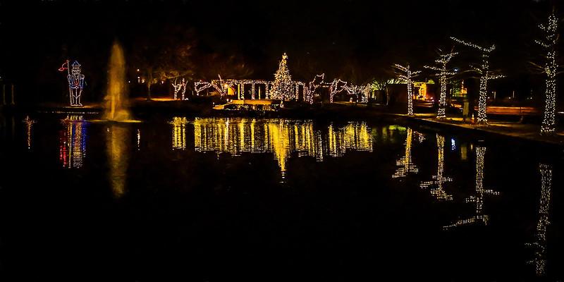 Kendralla Photography_Christmas_Tree-OMD12441_Reflective_Pond