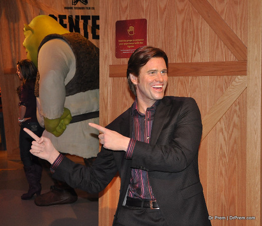 Jim Carrey - Hollywood's Wax Museum - Madame Tussaud's - A Must Watch in LA