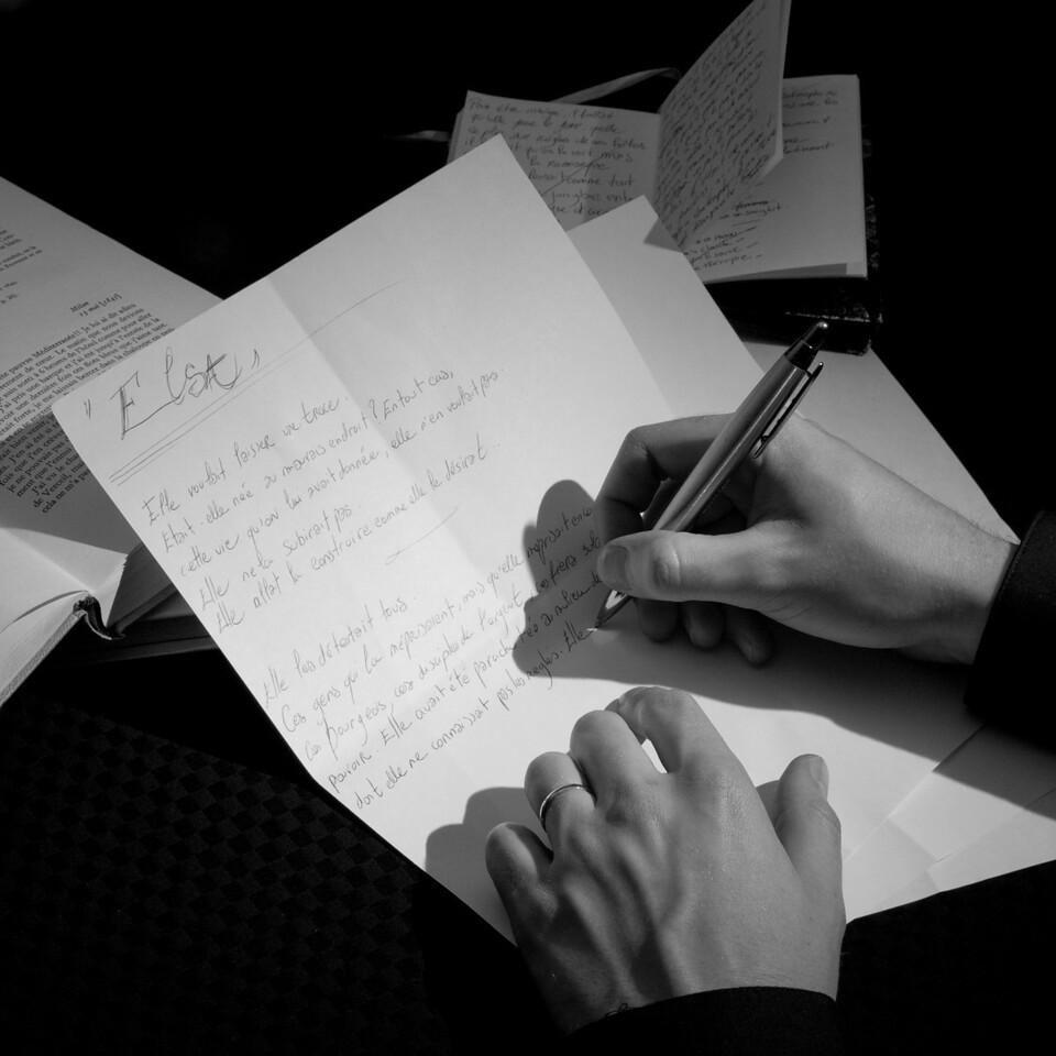 """<B>Chapitre 12: Mon carnet</B>  """"C'est ma vie ma plus belle oeuvre d'art."""""""