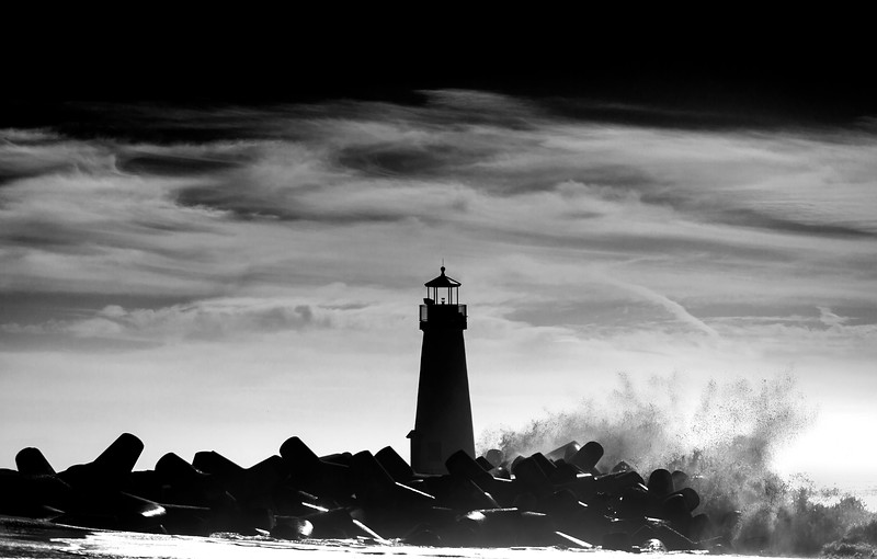 Crashing Wave at Walton Lighthouse