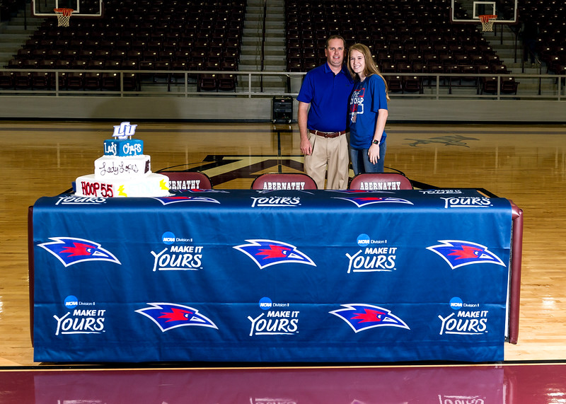 Madelyn Jo Turner signs National Letter of Intent, LCU Womens Basketball, NCAA Division II, 11-14-2016