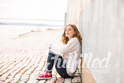 Madelyn Johnson Winter Senior Session 2019 (2)