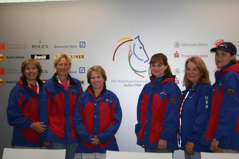 #86-Jamie Saults, USEF Director of Endurance, Suzanne Hayes, Asst. Chef, Valerie Kanavy, Chef d'equipe, Meg Sleeper, Kathy Downs, Jennifer Niehaus