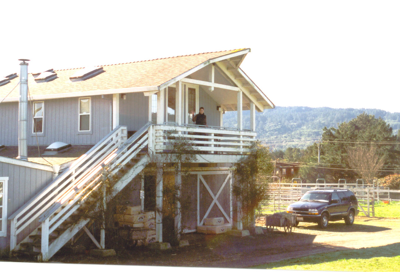 Pt Reyes Inn (barn below and extra rider bedrooms above)