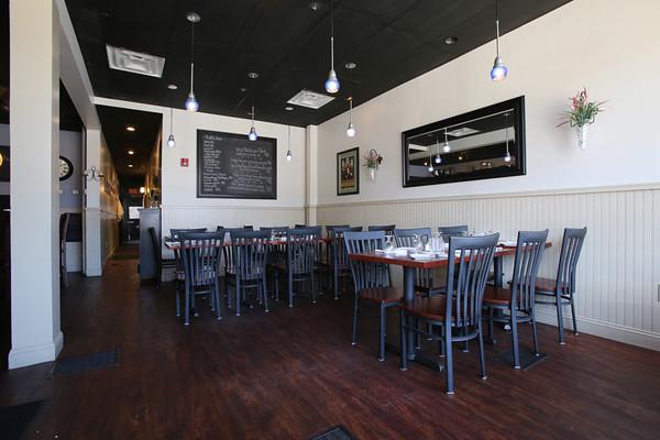 KEN YUSZKUS/Staff photo.     Nine Elm American Bistro restaurant in Danvers.     04/14/16