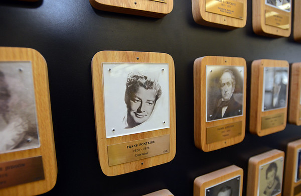 RYAN HUTTON/ Staff photo<br /> Frank Fontaine's plaque on the Haverhill Wall of Fame at the Haverhill Public Library.