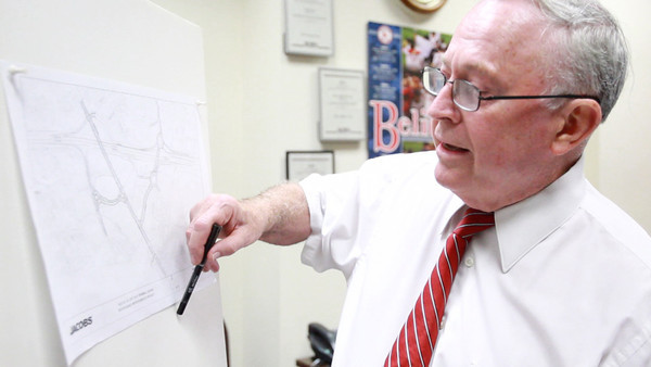 David Le/Staff photo<br /> Beverly Mayor Bill Scanlon explains the Brimbal Avenue project in The Salem News' office yesterday.