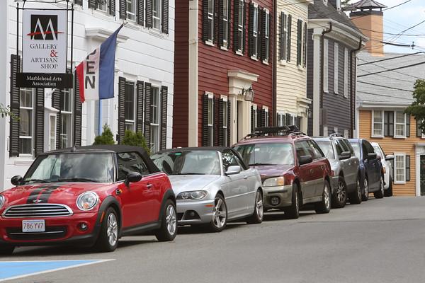 KEN YUSZKUS/Staff photo.  Parking congestion on Hooper Street.    8/6/15