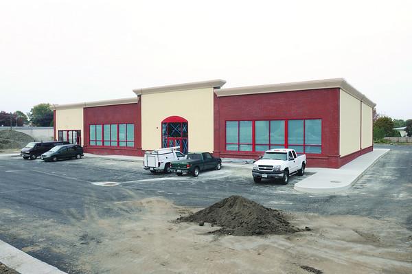 Salem:<br /> Tri-City Sales, old and new buildings.<br /> Photo by Ken Yuszkus/Salem News. Thursday, October 16, 2008.
