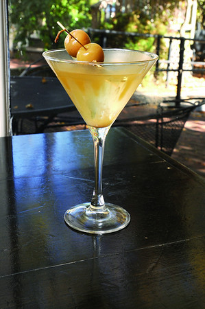 Marblehead:<br /> Emily Farnsworth-Brankman, owner of the Jack - Tarr Restaurant, made the Apple Pie Martini.<br /> Photo by Ken Yuszkus/Salem News, Monday October 20, 2008.