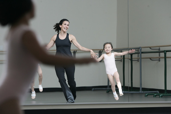 Marblehead: Boston Ballet Dance teacher, Samia DeSimone dances around the studio with Thea Nguyen during the Creative Dance Class held at the Boston Ballet School located at the new YMCA. Photo by Deborah Parker/ May 2, 2009.