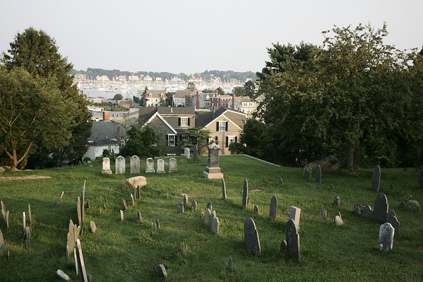 Old Burial Hill Cemetery. Photo by Deborah Parker/August 17, 2009