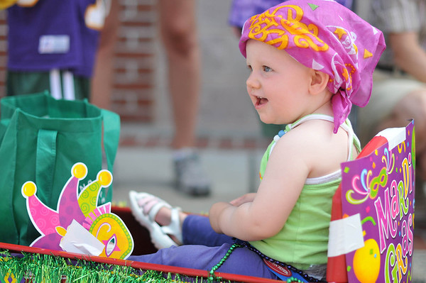 Marblehead: Erin Wilder of Marblehead, dressed for Mardi Gras, smiles at her parents.     photo by Mark Teiwes
