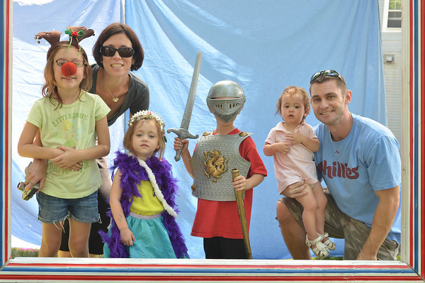 Children's Festival at the Marblehead Festival of Arts.<br /> Pictured from left: Brenna, 7, Danielle, Brigid, 3, Connor, 4, Ceira, 1, and Peter Lill of Havertown PA.