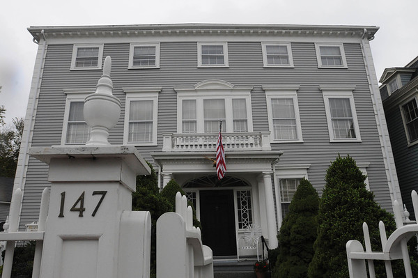Marblehead:<br /> The house at 147 Washington Street was built in the mid-18th century. It is owned by Pat Lausier.<br /> Photo by Ken Yuszkus/Salem News, Thursday, October 27, 2011.