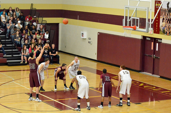 Magnolia West Basketball 012811