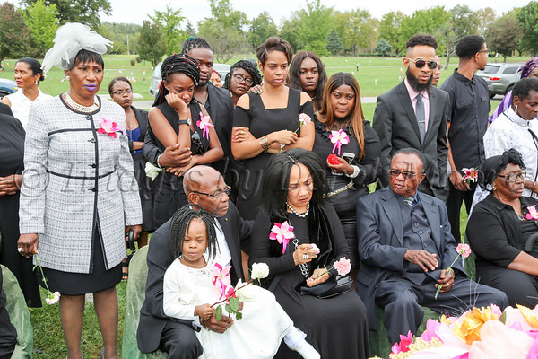 Mai Brown Funeral Service - Interment