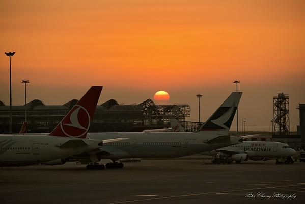 Sunset @ Hong Kong airport