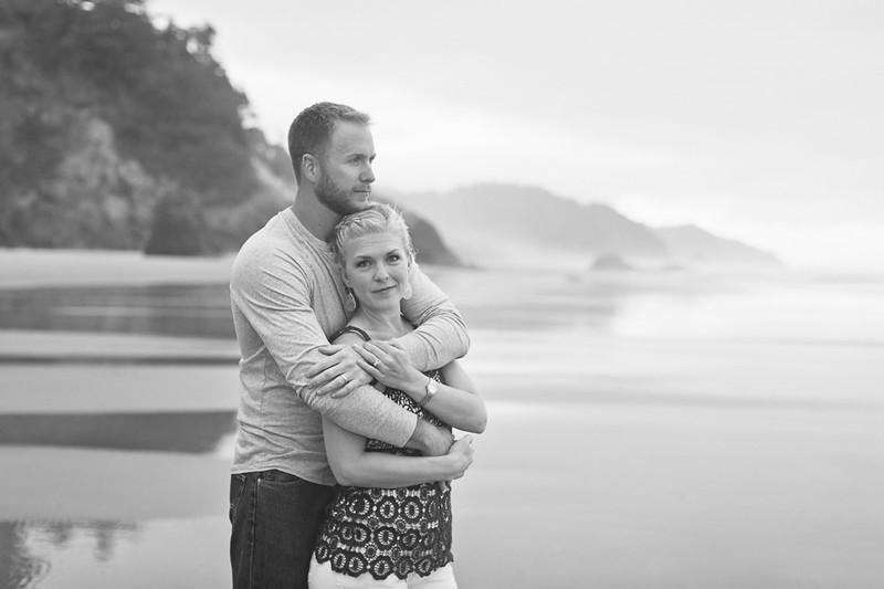 Engagement photographer in Katy, Tx   Hug Point Beach, OR