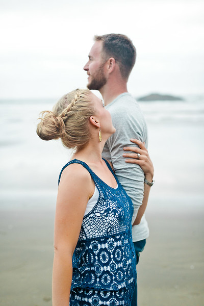 Engagement photographer in Katy, Tx | Hug Point Beach, OR