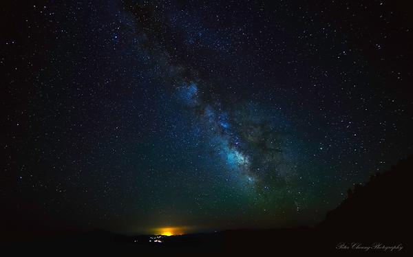 Milky way at Crater Lake night sky